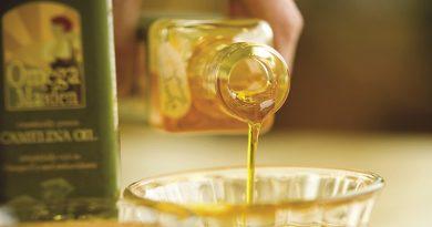 dầu hoa trà